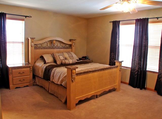 $161,500 | 516  N FOX Trail Round Lake,IL,60073 - MLS#: 09804529