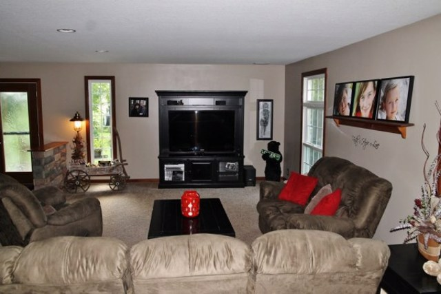 $268,500 | 4425 W  400S  S Liberty Center,IN,46766 - MLS#: 201535369