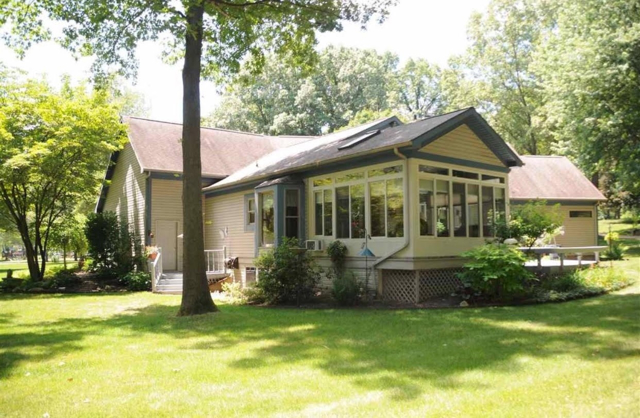 $274,900   10070  Victoria Plymouth,IN,46563 - MLS#: 201948899