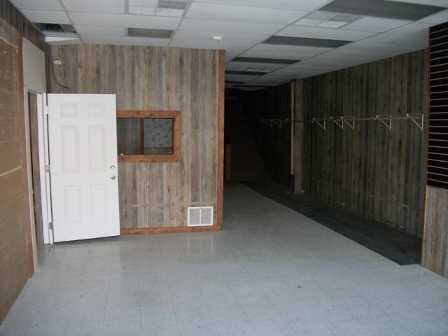 $29,500   507-09 S Oak Street Garnett,KS,66032 - MLS#: 2252937