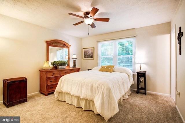 $400,000 | 8120  Shane Court Manassas,VA,20112 - MLS#: VAPW475688