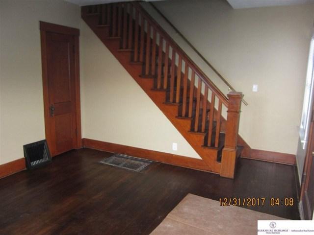 $242,000 | 825-827 N 47 Street Omaha,NE,68132 - MLS#: 21800182