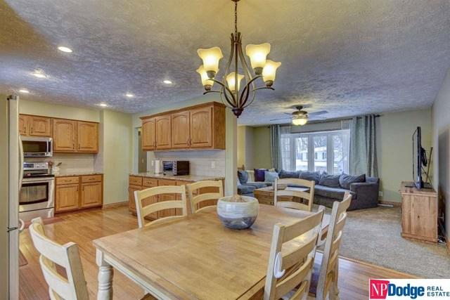 $216,400   1110  Lafayette Drive Papillion,NE,68046 - MLS#: 22001925