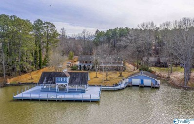 Main Photo of 1622 Sibert Drive a Huntsville Home for Sale