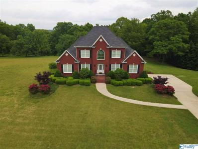 Main Photo of 665 County Rd 420 a Huntsville Home for Sale