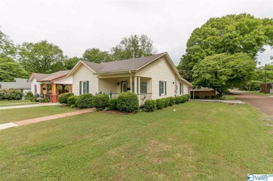 Main Photo of 1423 Ward Avenue a Huntsville Home for Sale