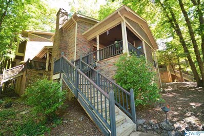 Main Photo of 3006 Live Oak Lane a Huntsville Home for Sale